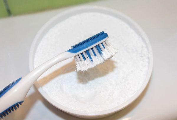 порошок для чистки зубов