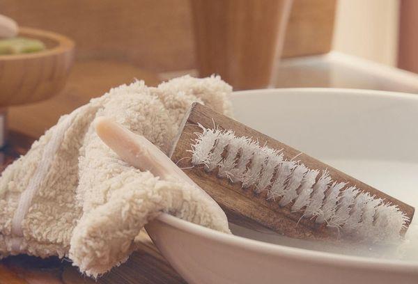 хозяйственное мыло от пятен