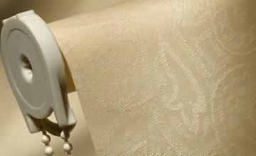 Как постирать дома рулонные шторы своими руками