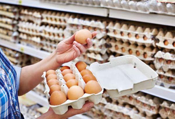 Покупка яиц в супермаркете