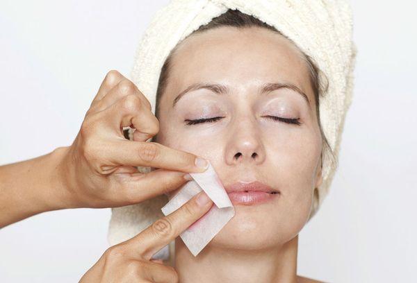 15 эффективных способов, как и чем, удалить волосы на лице