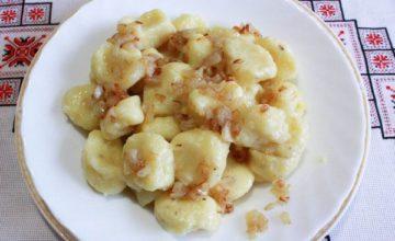 Варианты приготовления ленивых вареников с творогом, грибами и картошкой