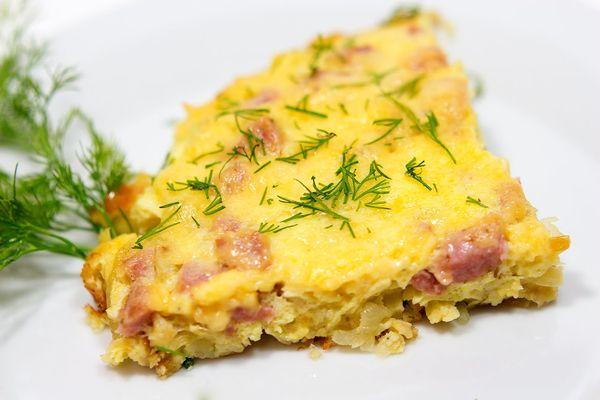 Омлет с сыром и беконом
