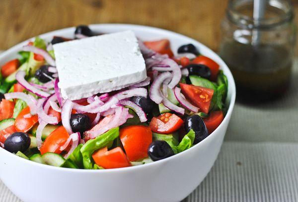 Салат с бальзамическим уксусом и петрушкой