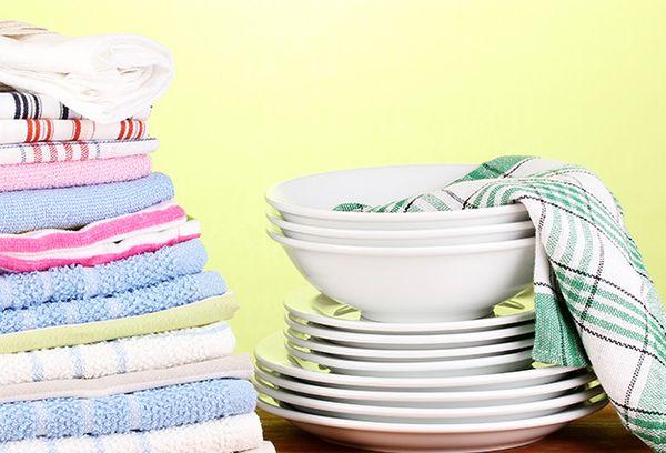 Чистые полотенца кухонные
