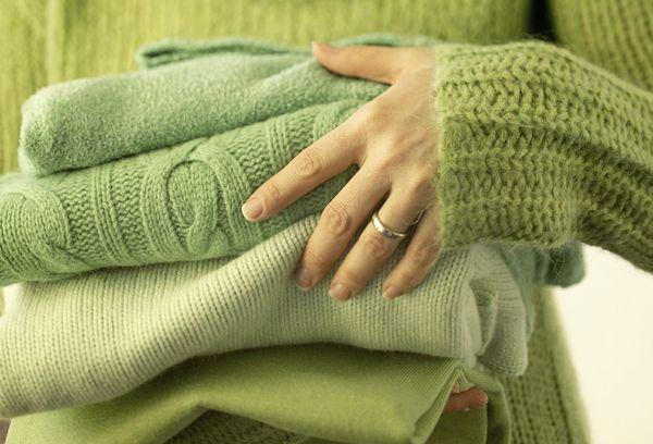 Зеленые шерстяные свитера