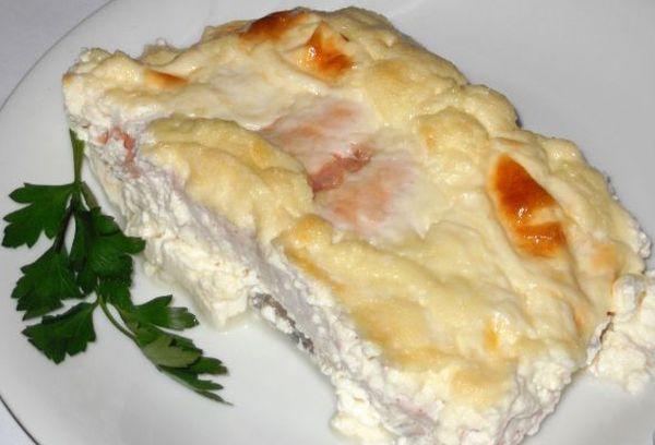 Лосось в сливках с сыром