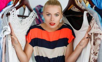 Ревизия в шкафу: как убрать с одежды запах сырости