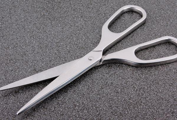 Заточенные ножницы