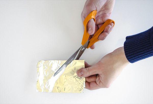 Заточка ножниц на фольге