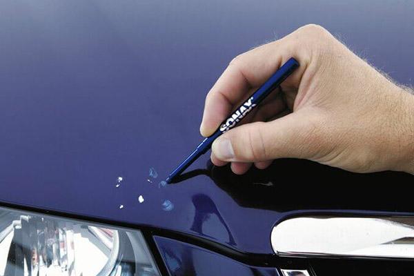 Реставрация краски на автомобиле восковым карандашом