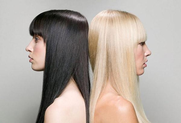 Брюнетка и блондинка