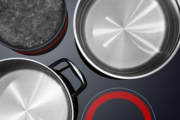Посуда на стеклокерамической плите