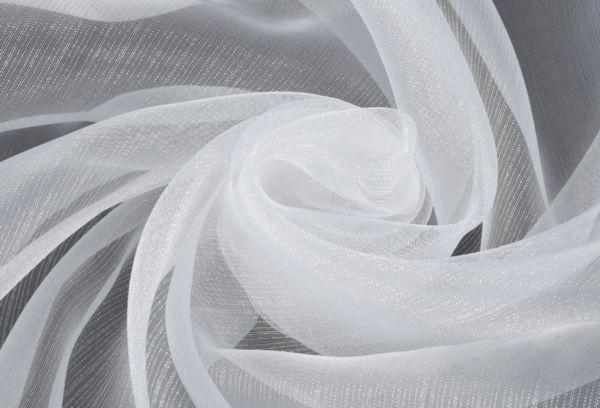 Белая тюль