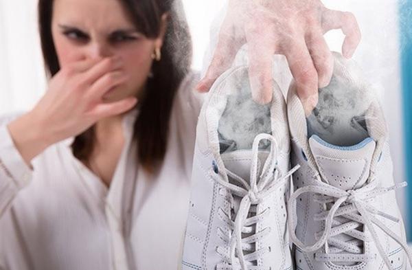 Запах в кроссовках