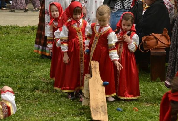 Красная горка детям