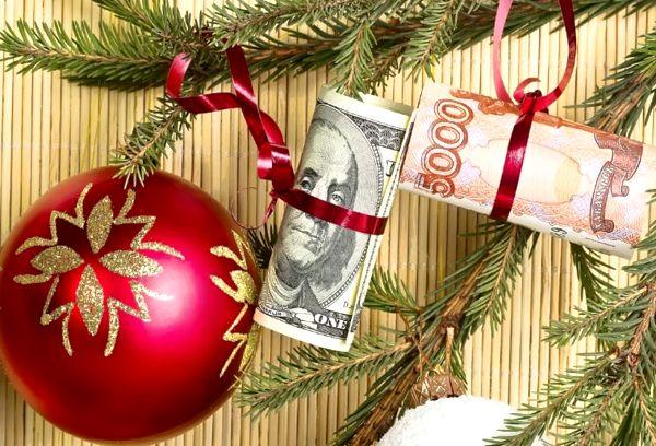 Новогодняя елка с деньгами