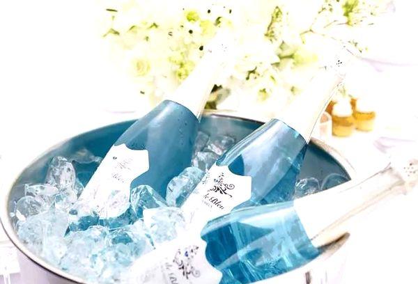 Голубое шампанское Blanc de Blue