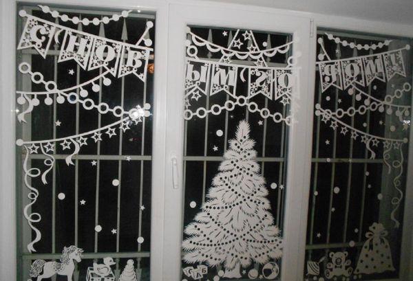 Новогодние композиции на окно